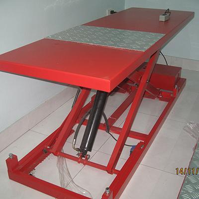 Bàn nâng xe máy điện Thủy lực - VNS - LIFT200 - N (Đặt nổi)