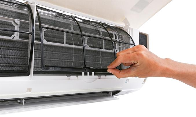 Máy lạnh Daikin 1.5 HP FTC35NV1V màu trắng chế độ làm lạnh nhanh